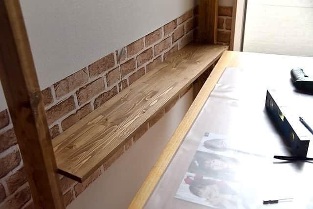 机の奥行き拡張の棚完成