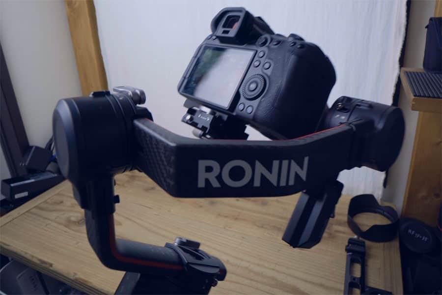 EOS R6とDJI RS2