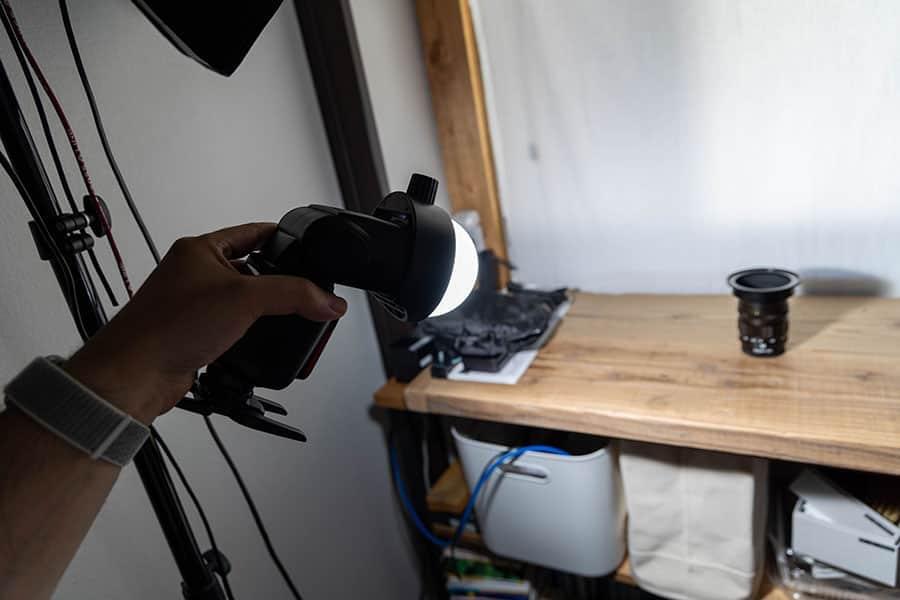 ドームディフューザーがどれぐらいの効果があるか、写真を撮影