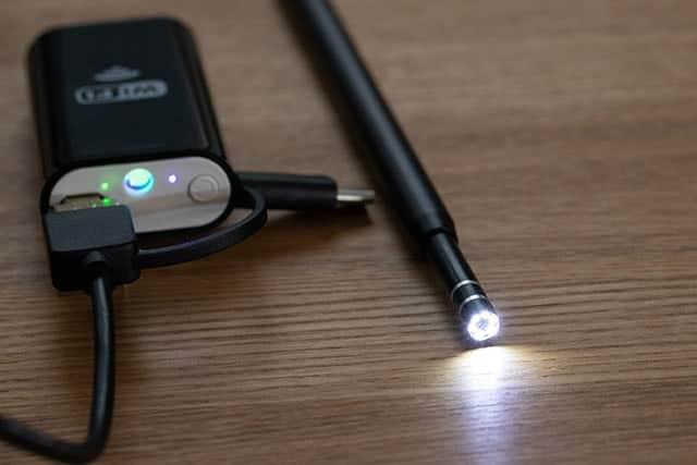 内視鏡カメラのLEDライトも点灯する