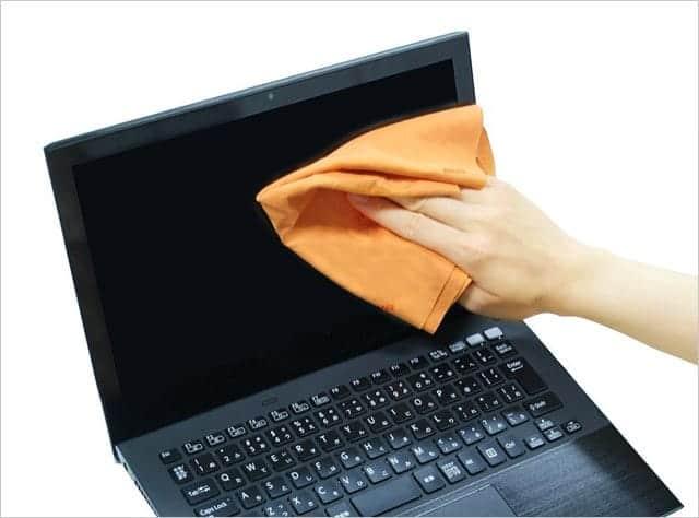 パソコンのディスプレイにもハイテッククロス