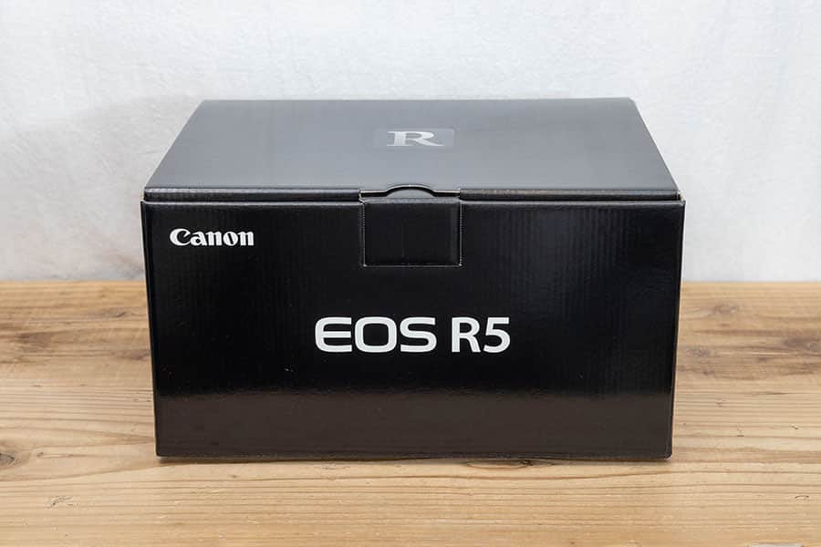 EOS R5 パッケージ
