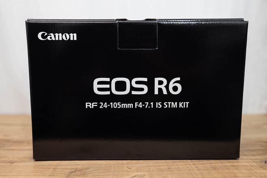 EOS R6 レンズキットの箱