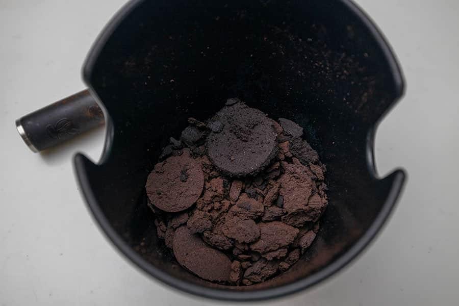 コーヒーの粉も飛び散らずお手入れが格段にラクになりました