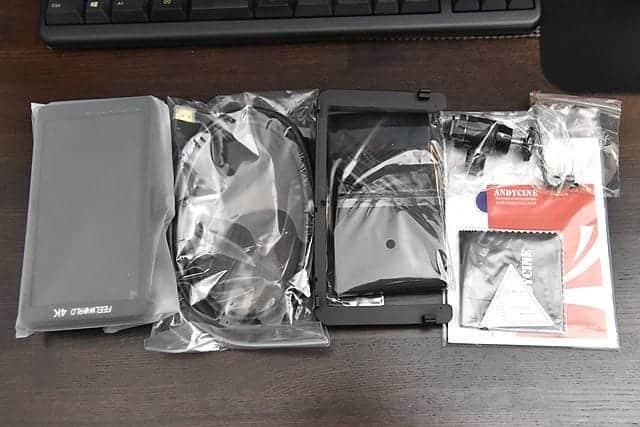 F570のパッケージ内容