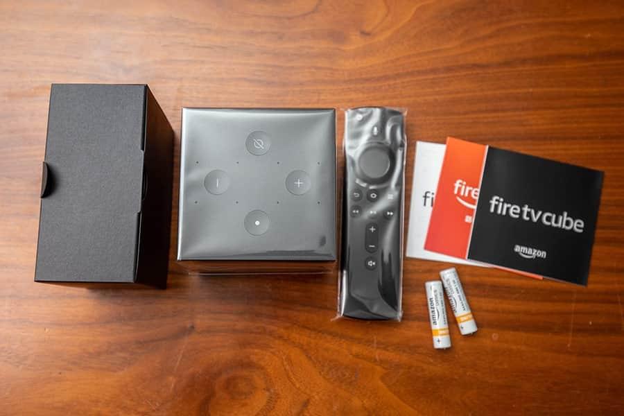 Fire TV Cubeの同梱物