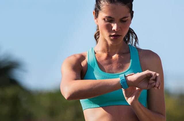 アメリカでApple Watchより売れている活動量計Fitbitの新モデル『Fitbit Charge 2』が発売開始!買うぞ!
