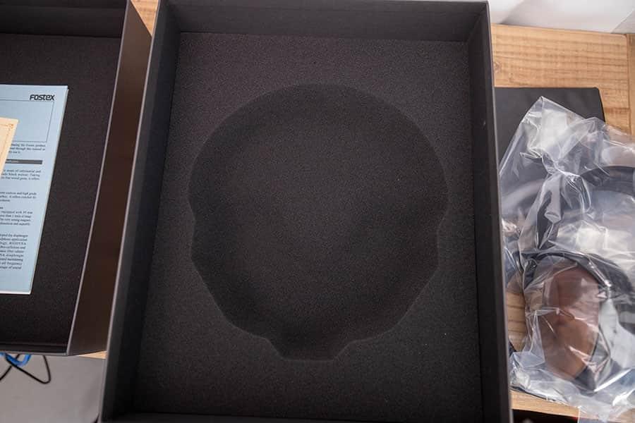 ボックス内部のスポンジ