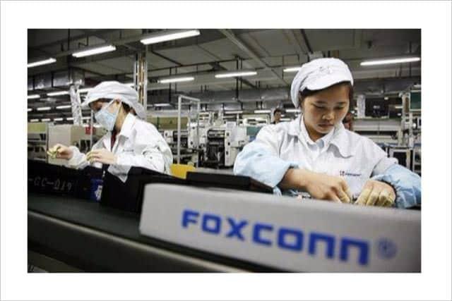 アップル製品を手がけるFoxconn、6万人の仕事を自動化