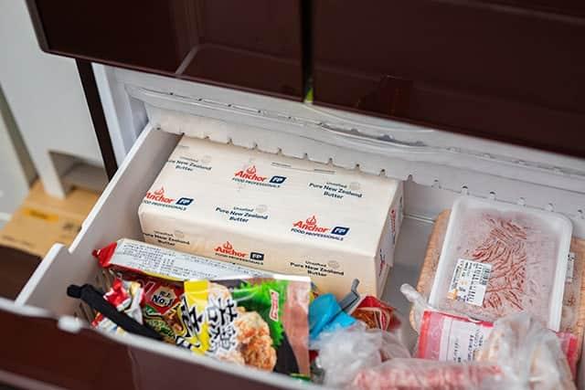 冷凍庫を占領するグラスフェッドバター