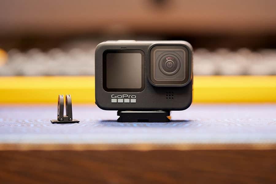 GoProに1/4ネジ穴を追加するベースマウントが超便利!Hero10にも対応