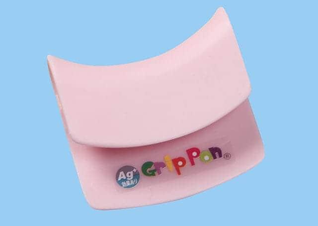 GripPon(グリッポン)なら手とつり革の間に挟み込むだけ