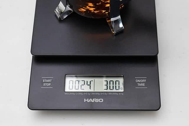重さと時間を同時に測る!コーヒーや紅茶を0.1g単位で測れるコーヒースケール導入♪