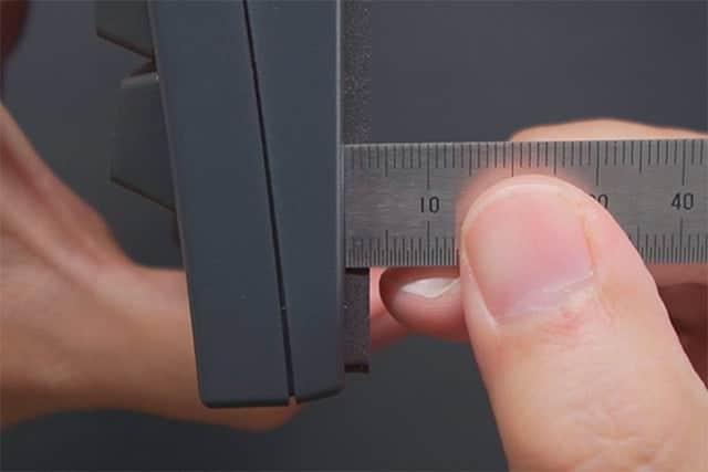 吸振マットの厚さは3mm