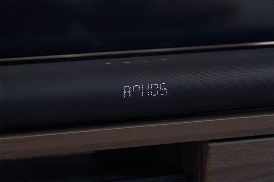 バースピーカーのディスプレイにDOLBY ATMOS表示