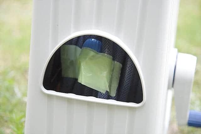 ホースリールの先端を養生テープで解けないように止めておく