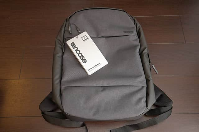 INCASE City Collection Compact Backpack のブラック