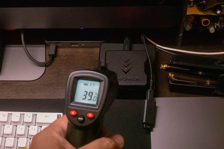 プログレードのSDカードリーダーを検温