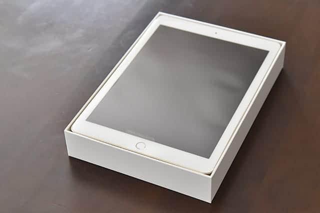 パッケージを開けるとすぐiPad