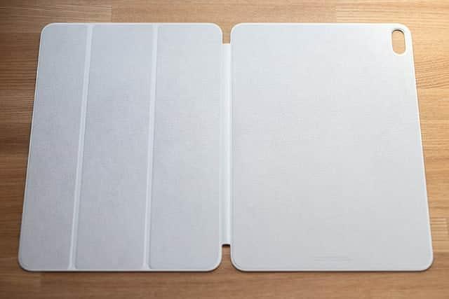 11インチiPad Pro用Smart Folio - ホワイト ご開帳