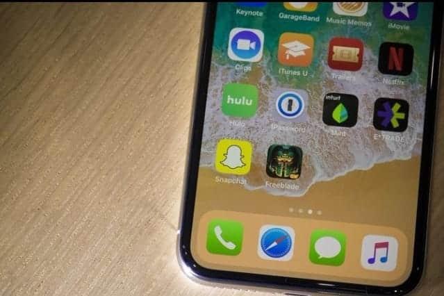 特大iPhoneや廉価版Xを計画か
