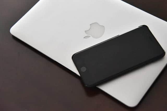 SIMロックを解除したiPhone 7 Plusでテザリング。Macでインターネットできるか試してみた。