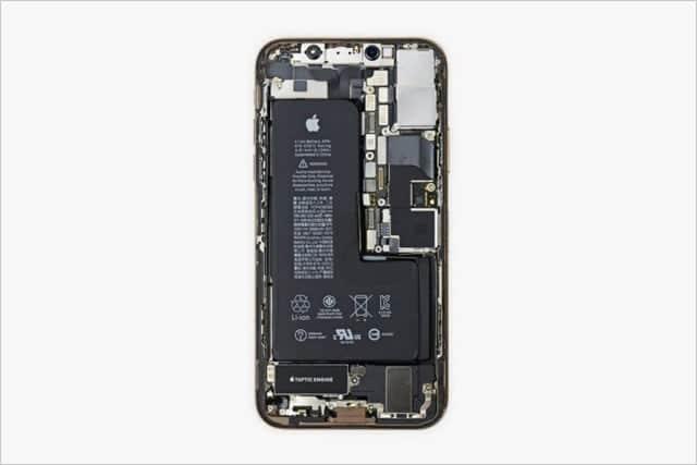 iPhone XSのL字型バッテリーに隠された秘密