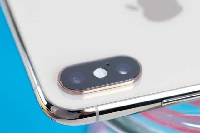 iPhone XS/XS Maxが充電できない問題、iOS12.1で解決か