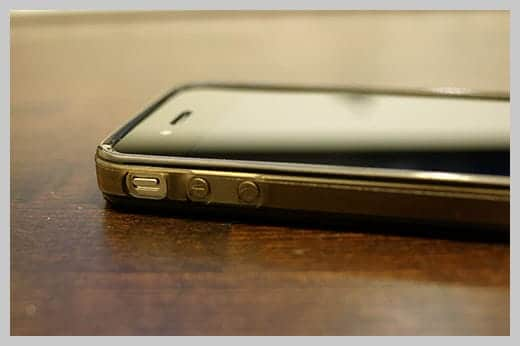 iPhone4 TPUケース ボリュームスイッチ部分