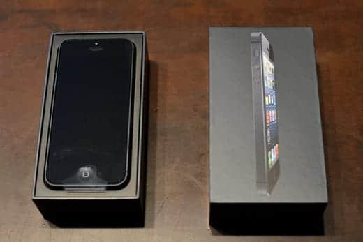 iPhone 5 箱オープン
