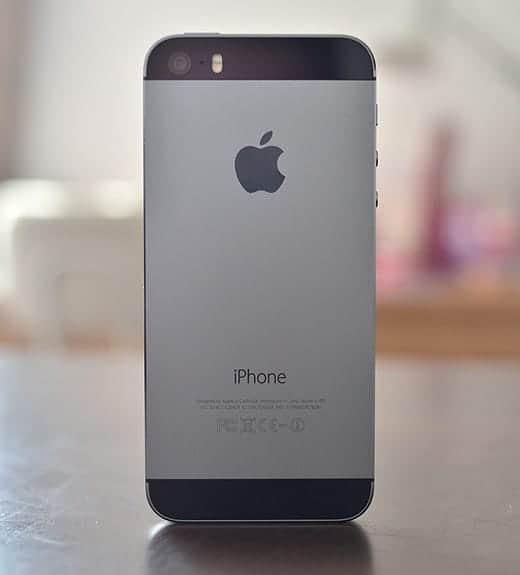 iPhone 5s 裏面