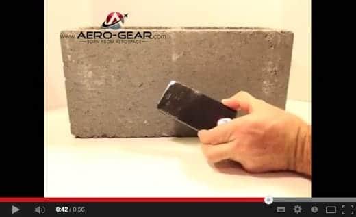 iPhone 6にはコンクリートでガリガリやっても傷つかないサファイヤクリスタルが採用か