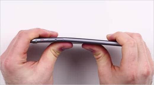 iPhone 6 Plus 曲がる!