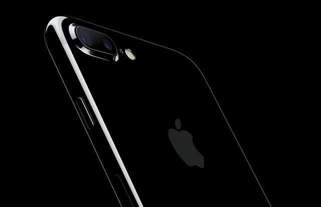 iPhone 7 Plus ホームボタン周辺で異音発生?