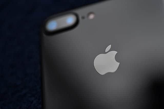 iOS11でiPhoneを強制再起動する方法 ホーム画面でアイコンタップができない現象発生