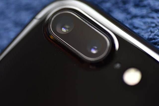 iPhone 7 Plus ジェットブラック背面のカメラ部分
