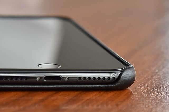 iPhone 7 Plus ケースの厚み