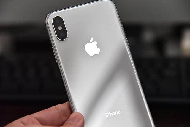 やめとけ。これからiPhone Xを買うあなたへ【2ヶ月半使用レビュー】Xである理由なし。8でいい。