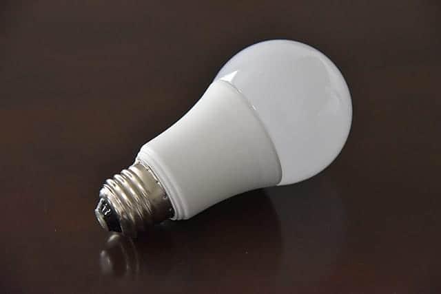 ものすごくシンプルなLED電球