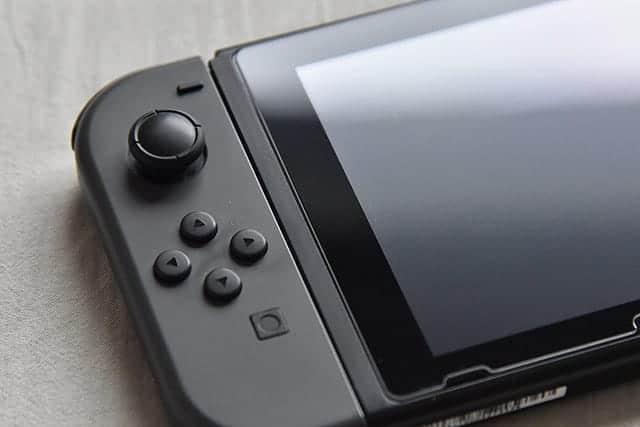 Nintendo SwitchのJoyCon(ジョイコン)が半年で壊れた