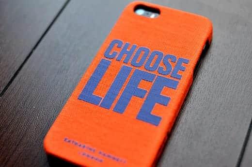キャサリンハムネット CHOOSE LIFE 背面のロゴがカッコイイ!