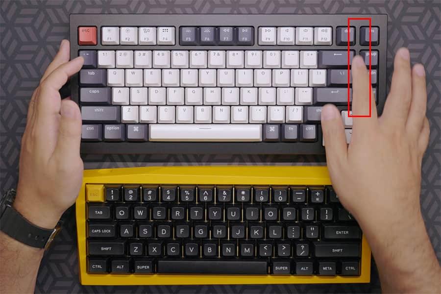 BackspaceとEnterキーの右側に隙間がある