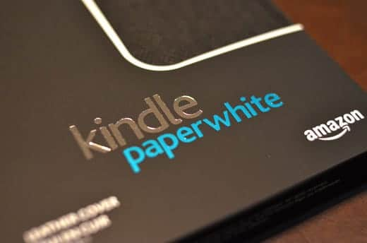 Kindle Paperwhite レザーカバーの外箱