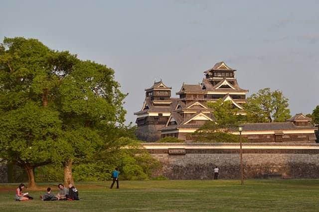 二の丸広場から見た熊本城