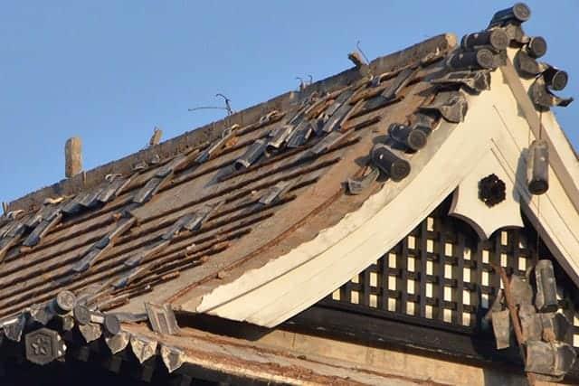天守閣。熊本城仕様の瓦が使われてたんですねぇ。