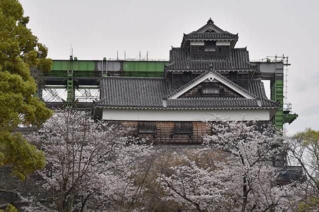 城彩苑から見える飯田丸五階櫓
