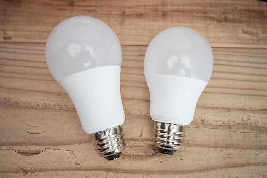 60W E26口金のLED電球