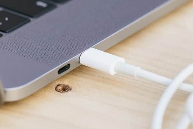 iPhoneまでUSB Type-Cに変更か