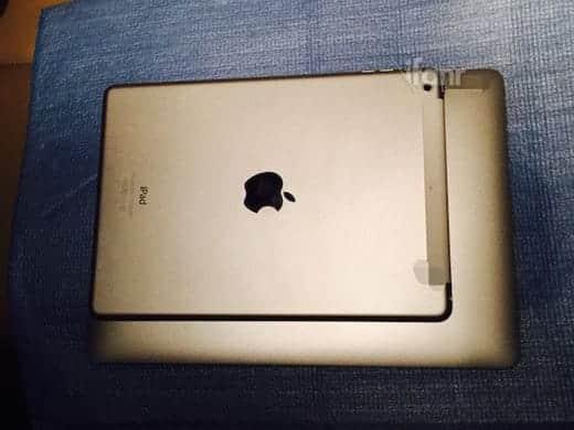 iPad Air 2 との大きさ比較