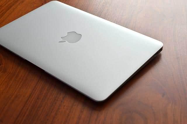 MacBookに電源ケーブル接続時にiPhoneと同じ音を鳴らす方法 フォン♪